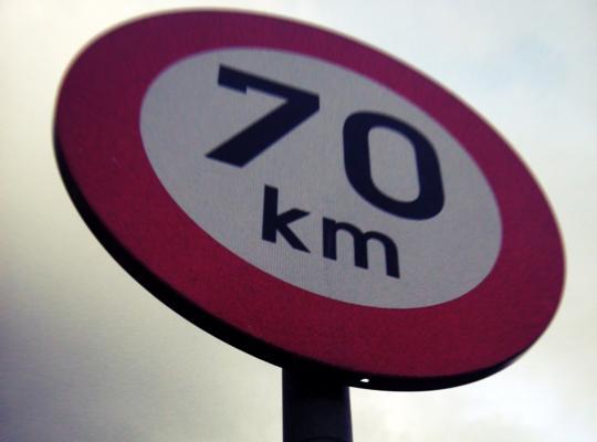 70 km/u wordt de norm op de gewestwegen