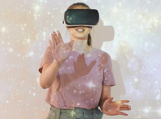 Tiener met VR-bril